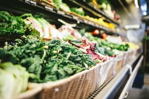 produce lining grocery store shelves