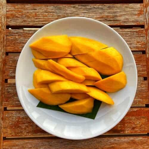 mangos on a plate