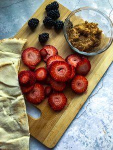 pita pocket and fruit